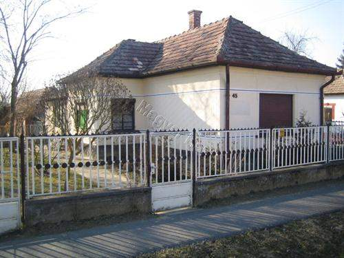# 5559216 - £11,610 - 2 Bed House, Nikla, Somogy, Hungary