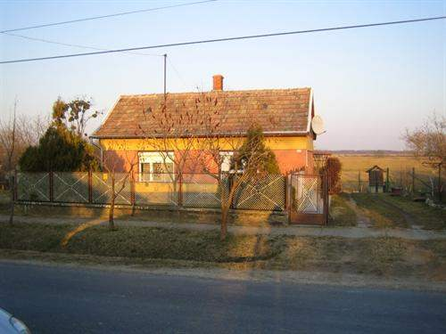 Hungarian Real Estate #5560667 - £15,386 - House