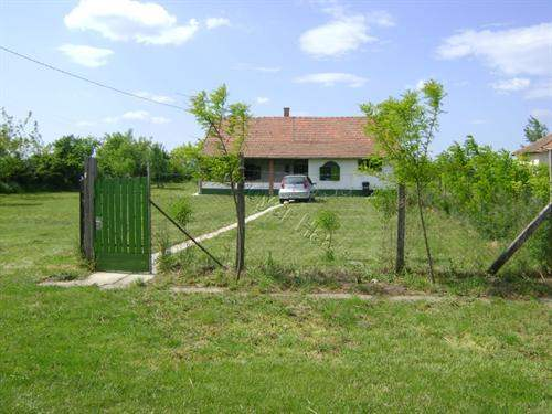 Hungarian Real Estate #5560676 - £26,959 - House