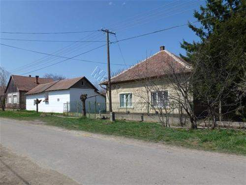 Hungarian Real Estate #5617979 - £10,808 - House