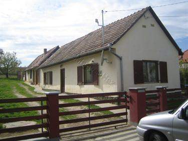 Hungarian Real Estate #5822632 - £21,126 - House