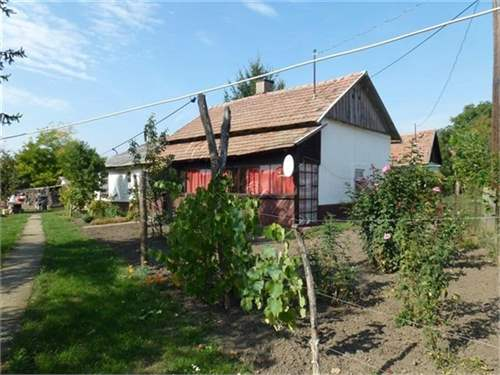 Hungarian Real Estate #6792119 - &pound;4,592 - House