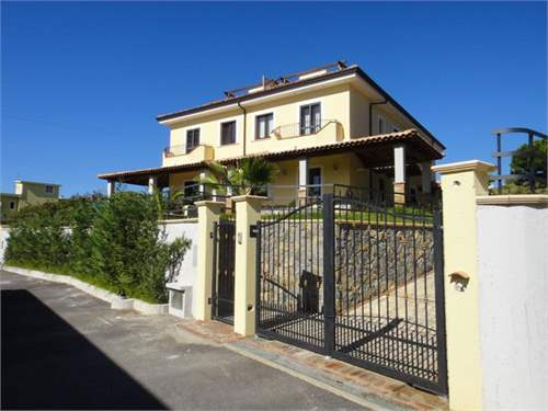 # 8296425 - From £135,936 to £165,040 - 2 - 3  Bed New House, Scalea, Cosenza, Calabria, Italy