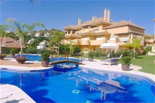 # 12019583 - £197,880 - 2 Bed Apartment, Puerto Banus, Malaga, Andalucia, Spain