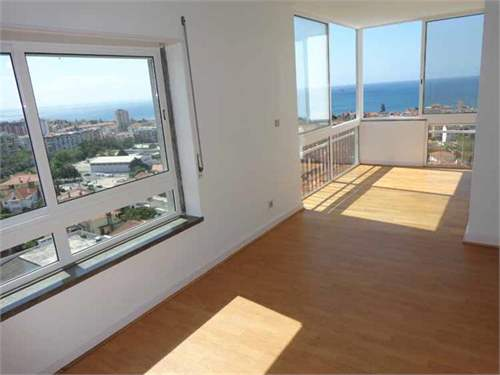 # 6670659 - £244,595 - 3 Bed Flat, Estoril, Lisbon, Portugal