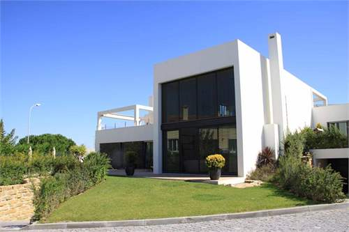 Portuguese Real Estate #6906302 - £553,735 - 4 Bed Townhouse