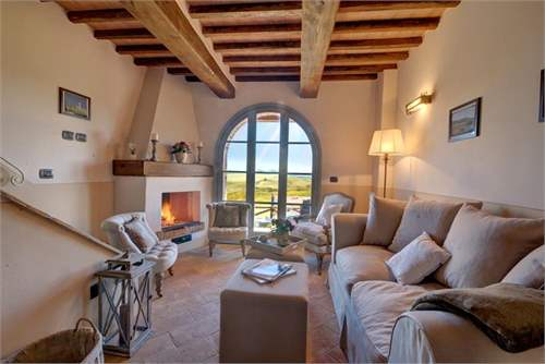 # 17085507 - £319,652 - 3 Bed Townhouse, Chianni, Pisa, Tuscany, Italy