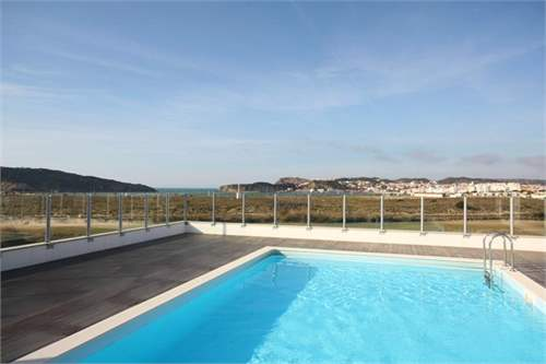 # 7697617 - £103,566 - 1 Bed Flat, Sao Martinho do Porto, Leiria region, Portugal