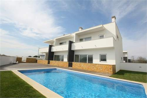 # 7697618 - £128,828 - 3 Bed Condo, Sao Martinho do Porto, Leiria region, Portugal