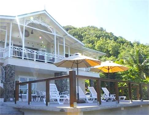 St Vincent and Grenadines Real Estate #7264839 - £1,575,840 - 4 Bed Villa