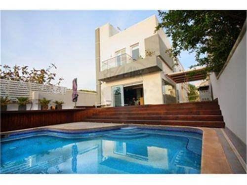 # 11705964 - £677,100 - 3 Bed House, San Pawl tat-Targa, Malta