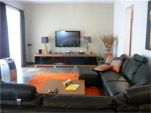 # 11974475 - £414,750 - 3 Bed Apartment, Sliema, Malta
