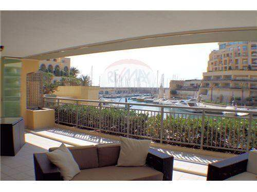 # 6110907 - £701,670 - 3 Bed Flat, Saint Julians, Malta