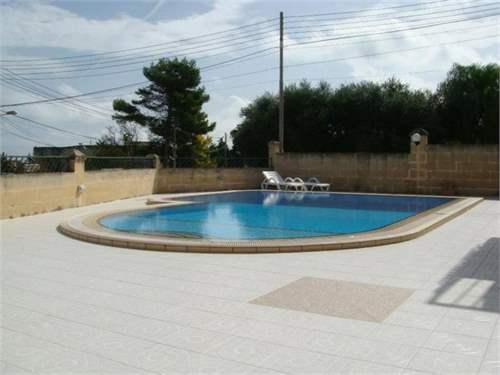 # 6578538 - £875,760 - 3 Bed Villa, Madliena, Attard, Malta
