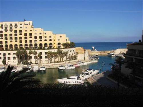 # 7532880 - £488,200 - 3 Bed Apartment, Saint Julians, Malta