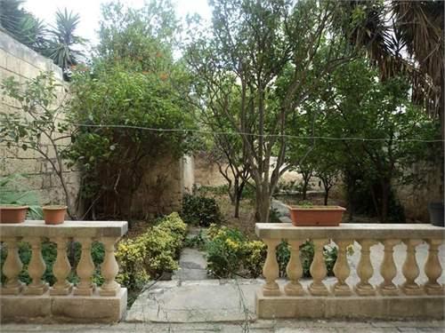 # 9350073 - £536,963 - 4 Bed Unique Property, Sliema, Malta