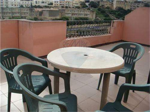 # 9934939 - £190,398 - 3 Bed Unique Property, Saint Julians, Malta