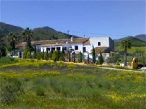 Spanish Real Estate #6460236 - &pound;170,595 - 3 Bedroom Finca
