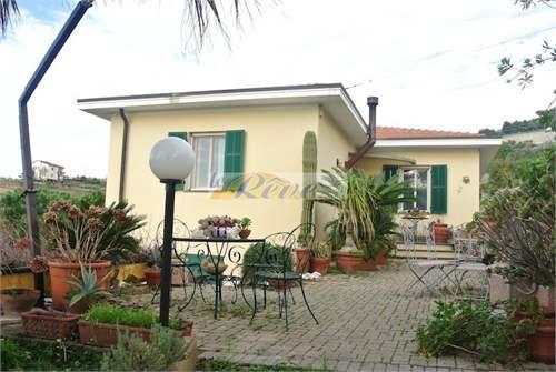 # 12227945 - £236,380 - 3 Bed Flat, Bordighera, Imperia, Liguria, Italy