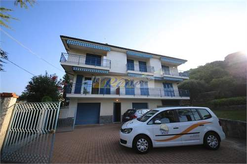 # 13018933 - £155,282 - 1 Bed Flat, Bordighera, Imperia, Liguria, Italy