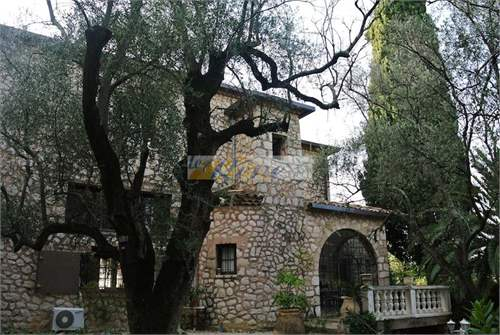 # 16705243 - £1,086,806 - 2 Bed Villa, Menthon, Rhone-Alpes, France