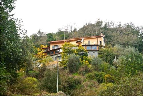 # 7539903 - £780,282 - Bed and Breakfast, Dolceacqua, Imperia, Liguria, Italy