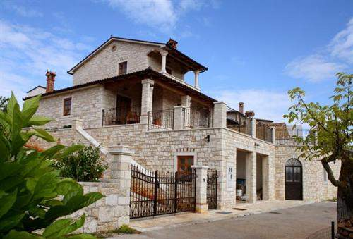 Croatian Real Estate #5376422 - £676,880 - 3 Bed Prestige Home