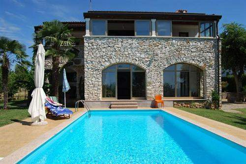 Croatian Real Estate #6114653 - &pound;468,643 - 3 Bed Villa