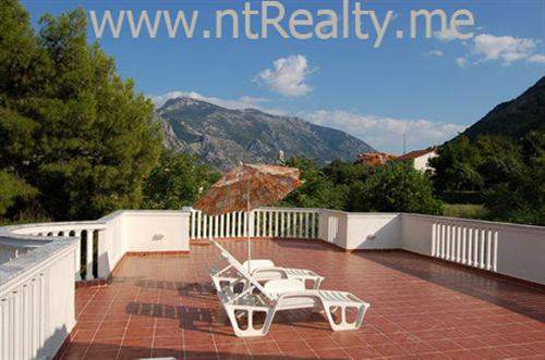 Montenegran Real Estate #5411694 - £239,940 - 4 Bed Villa