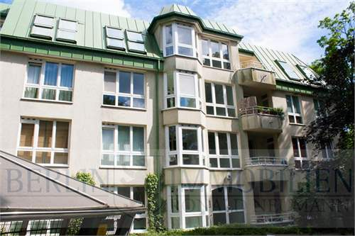 # 11962802 - £152,540 - 2 Bed Condo, Berlin region, Germany