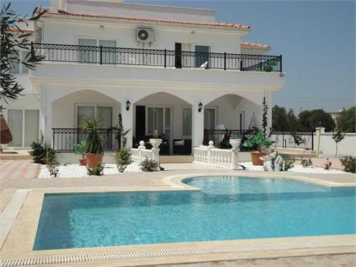 Turkish Real Estate #6302328 - £135,000 - 4 Bed Villa