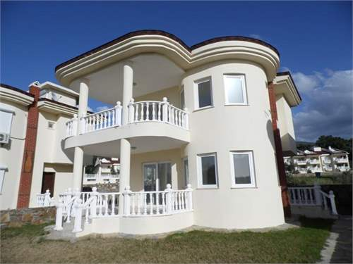Turkish Real Estate #6909324 - £99,800 - 3 Bedroom Villa