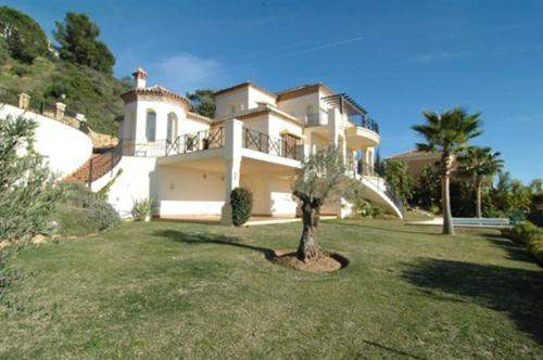 Spanish Real Estate #5351451 - £1,562,145 - 6 Bedroom Villa