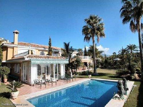# 485911 - £2,188,200 - 5 Bed Villa, Benahavis, Malaga, Andalucia, Spain