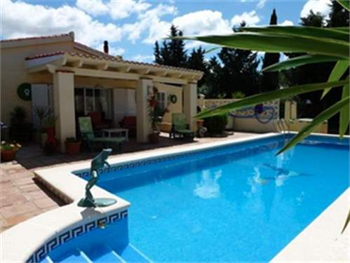 # 10221175 - £246,105 - 4 Bed Villa, Cadiz, Andalucia, Spain