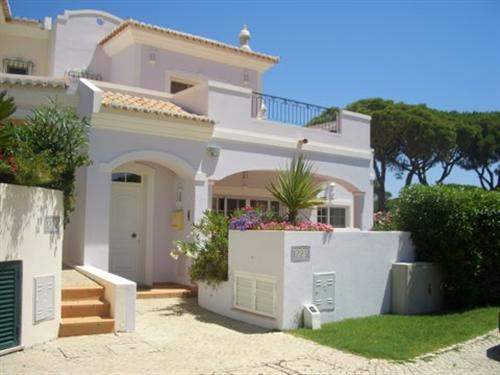 # 5939105 - £638,080 - 3 Bed Villa, Vale do Lobo, Faro region, Portugal