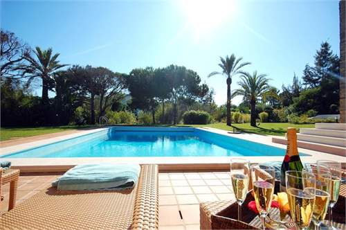 # 7313715 - £2,070,960 - 5 Bed Villa, Quinta do Lago, Faro region, Portugal
