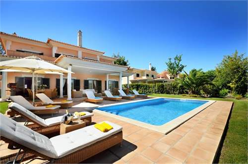 # 7313718 - £1,035,480 - 4 Bed Villa, Quinta do Lago, Faro region, Portugal