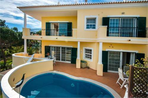 Portuguese Real Estate #7313733 - &pound;599,715 - 3 Bedroom Townhouse