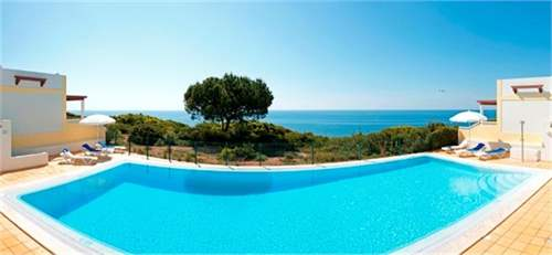 # 7698930 - From £150,750 to £223,330 - 2 Bed New Resort, Benagil, Faro region, Portugal