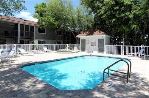 # 10827140 - £82,160 - 3 Bed Townhouse, Largo, Pinellas County, Florida, USA
