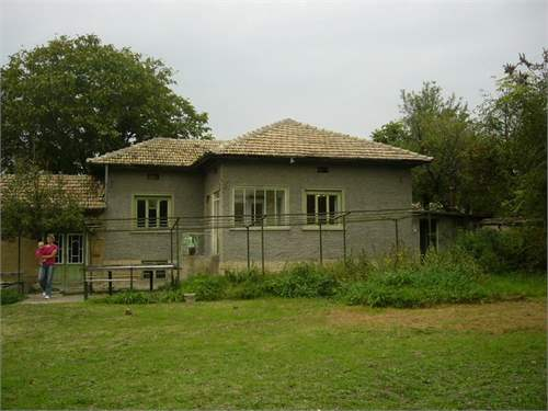 Lovely one-story rural house in village Sadina, on Pay Monthly