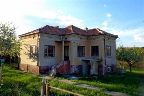 Property 15 km from Dobrich, on Pay Monthly