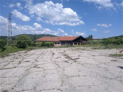 Nice land of 5.000 sq.m. near Greece