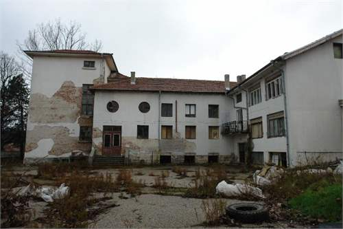 Bulgarian Real Estate #6909480 - £51,396 - Building For Redevelopment