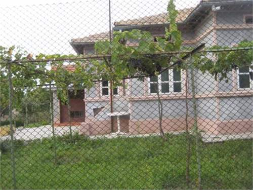 # 9582020 - £11,540 - 2 Bed House, Dobrich, Bulgaria