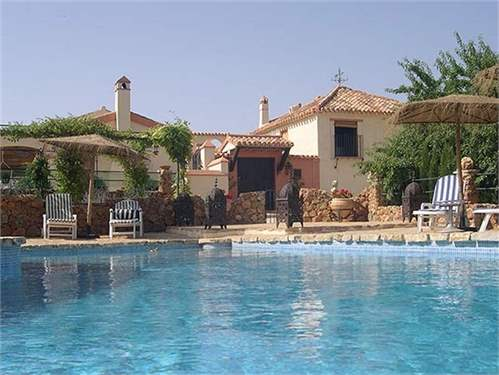 # 6939022 - £671,980 - Bed and Breakfast, Villanueva del Rosario, Malaga, Andalucia, Spain