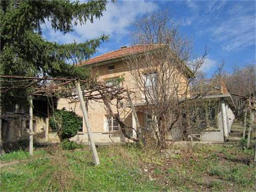 # 7540812 - £9,984 - 2 Bed House, Dobromirka, Obshtina Sevlievo, Gabrovo, Bulgaria