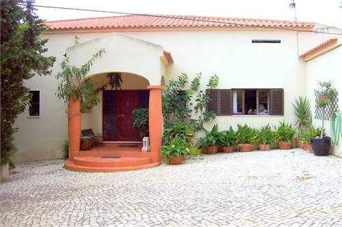 Spacious house for sale in Lagos, ALGARVE – ID: 6230825