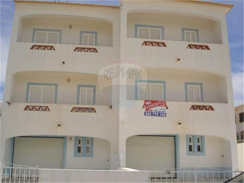 # 6230828 - £114,710 - 3 Bed Villa, Budens, Faro region, Portugal